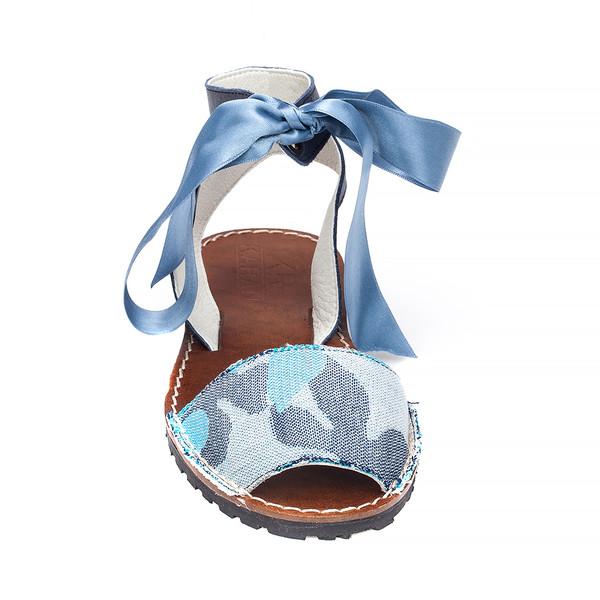 Abarca selma mujer - flores/azul/marino
