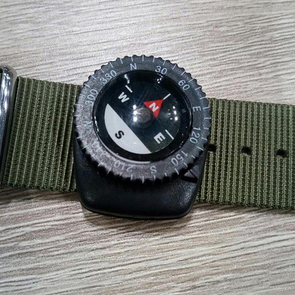Reloj analógico hombre caucho/nylon - negro/blanco