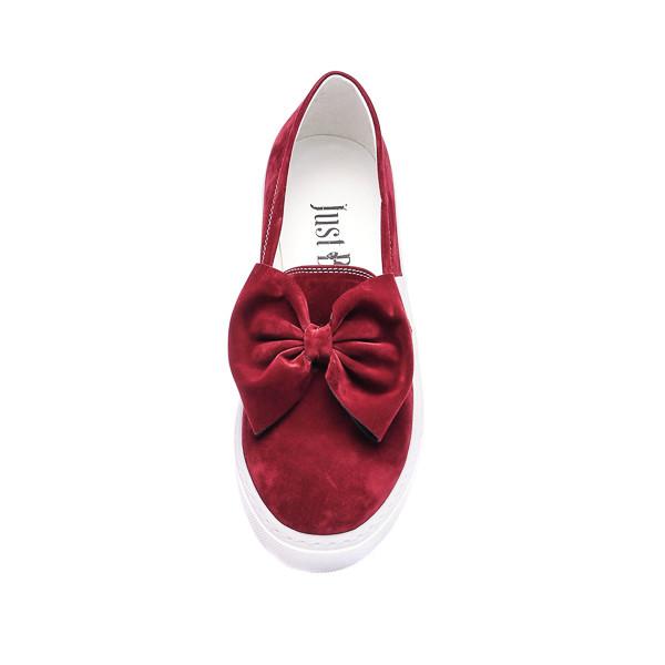 Sneaker plano mujer lazo - borgoña